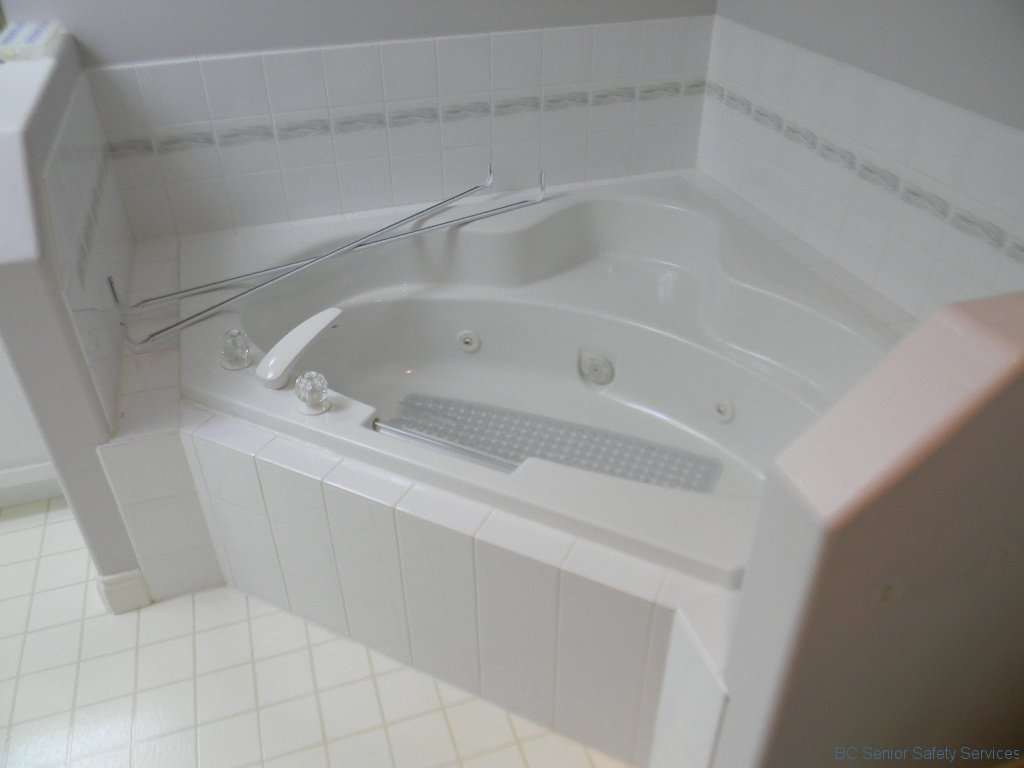 Project 13 - Tub Before