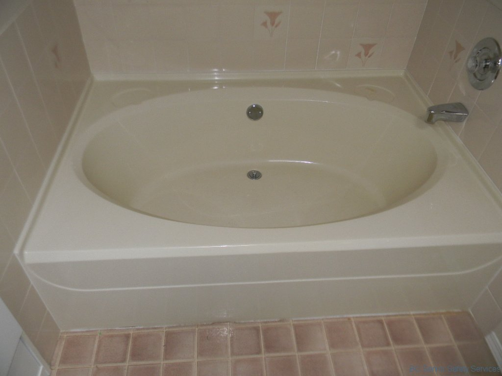 Project 23 - Tub Before