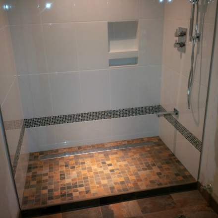 Walk In Tubs Amp Easy Entry Showers Safe Bathing Options